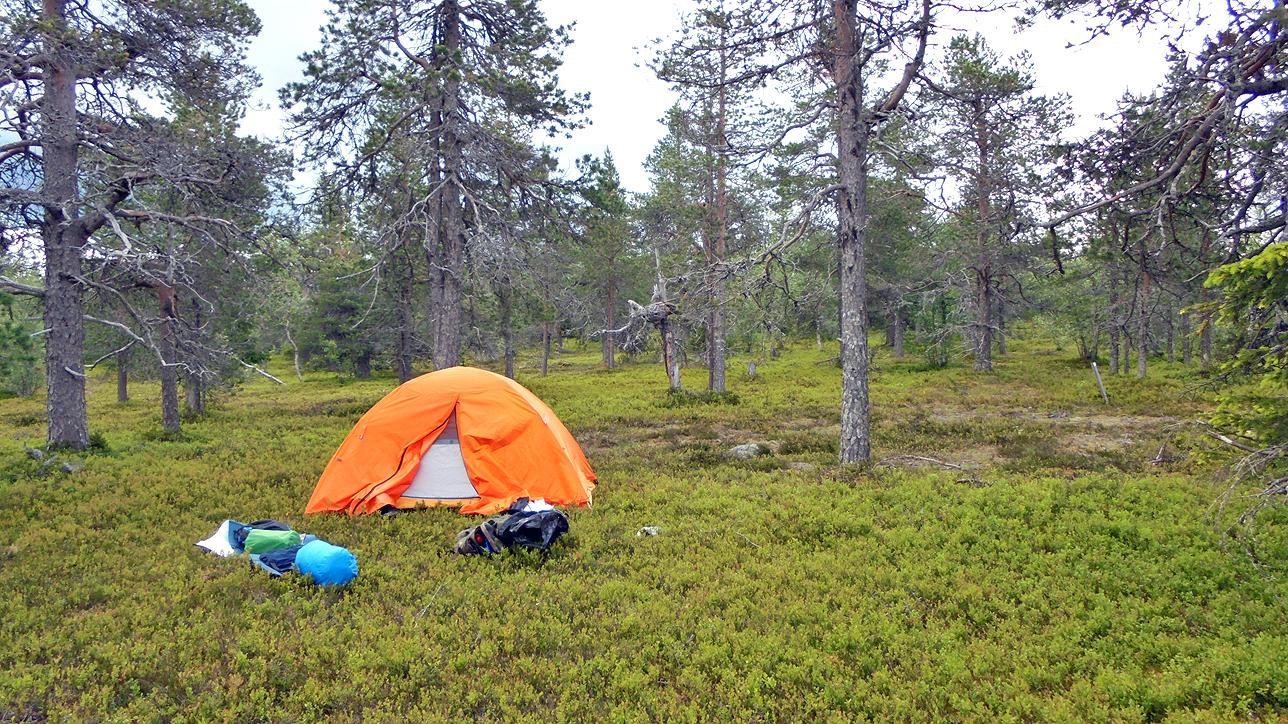 Ensimmäisen yön telttapaikka.